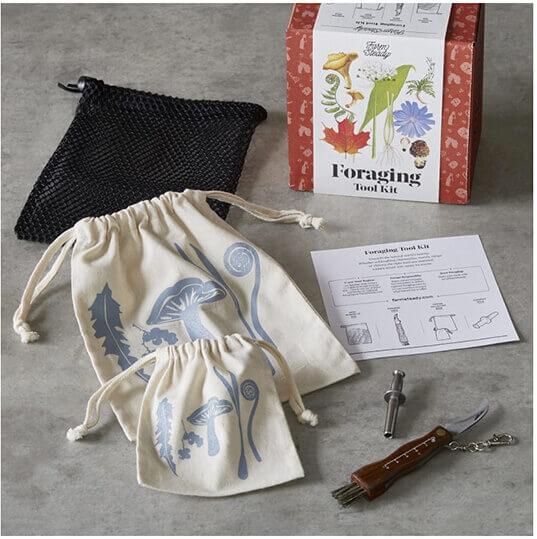 foraging tool kit