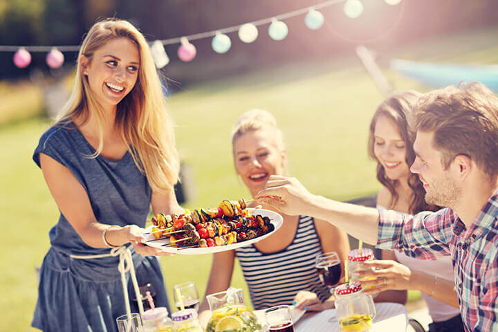 grilling as part of outdoor entertaining ideas
