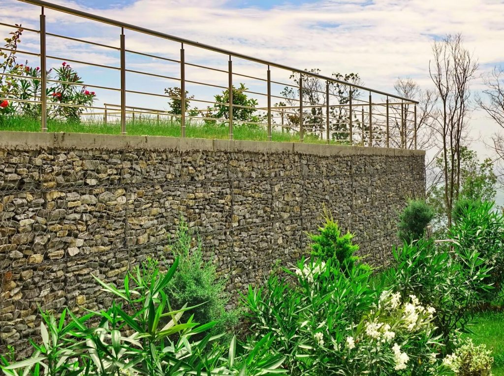 large vertical gabion wall